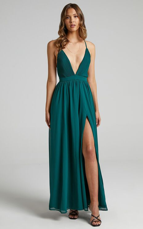 Shes A Delight Maxi Dress In Emerald