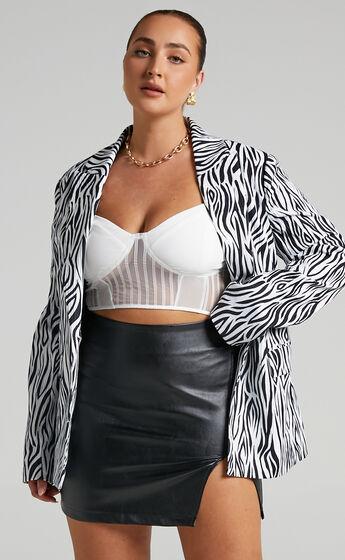 Robbia Blazer in Zebra Print