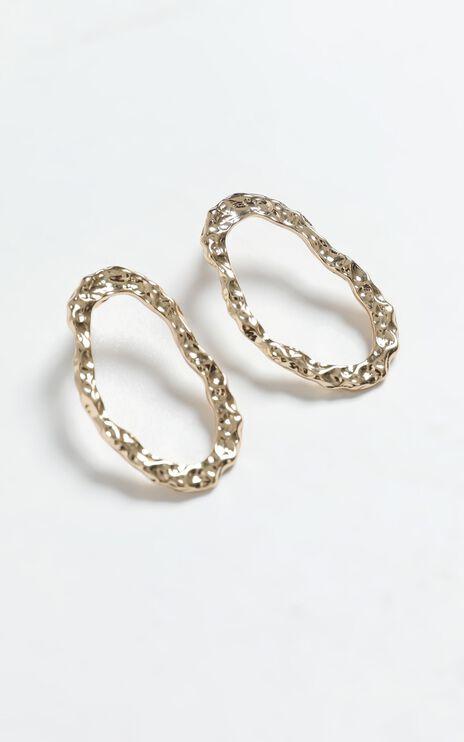 Inge Earrings in Gold