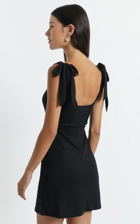 Sadira Dress in Black