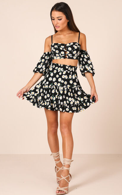 Seek Me Out skirt in black floral - 18 (XXXL), Black, hi-res image number null