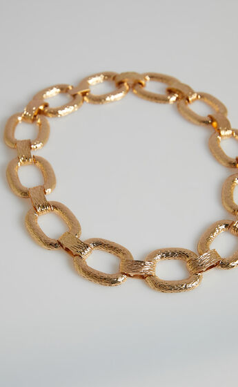 Char Necklace in Gold