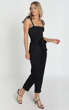 Harper Matt Satin Look Pants In Black