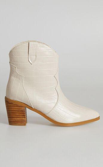 Billini - Nirvana Boots in Milk Croc
