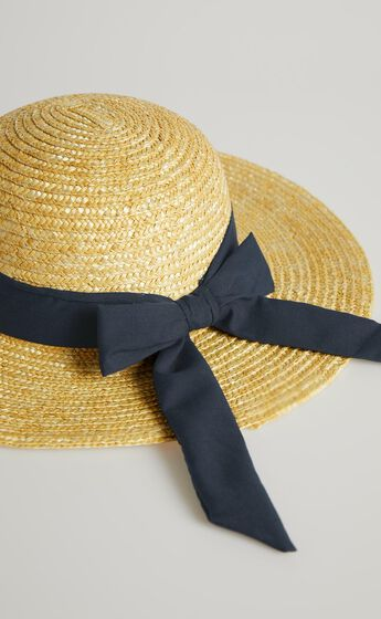 Sail Away Hat in Navy