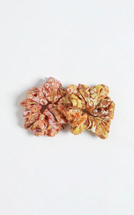 Blushing Floral Scrunchie 2 Pack