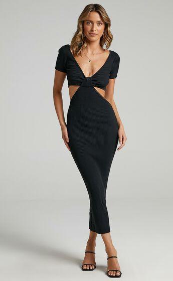 Akayla Dress in Black