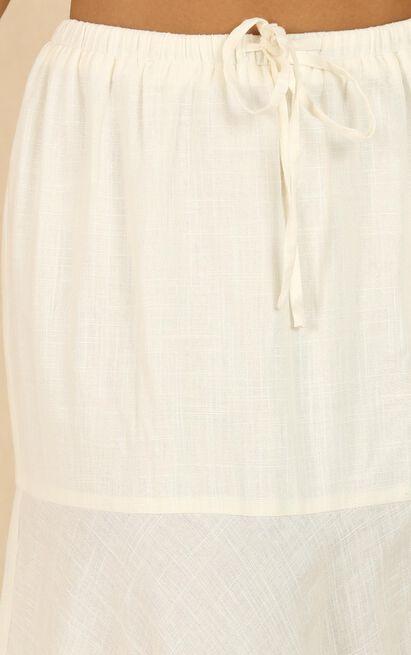Break The Habit skirt in white - 20 (XXXXL), White, hi-res image number null