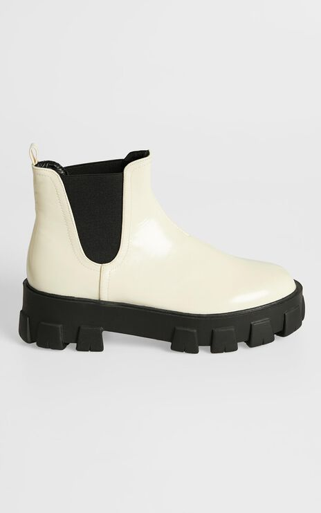 Billini - Xanthos Boots in Bone Patent