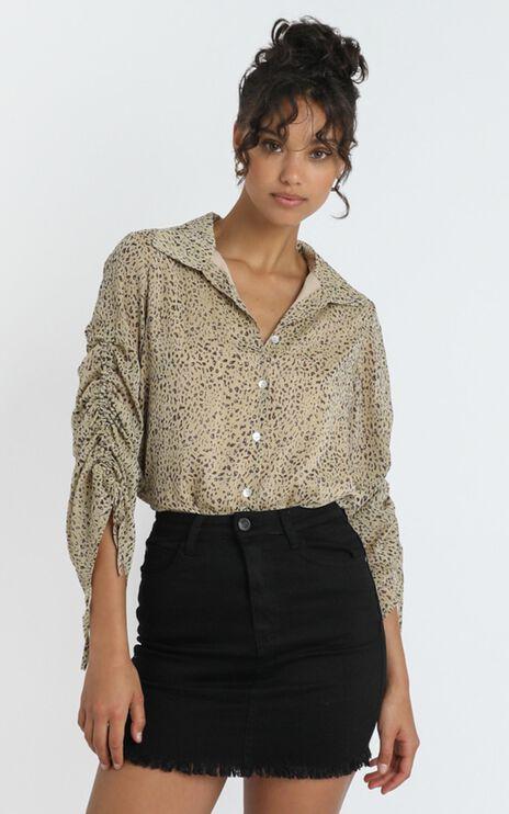 Mariam Shirt in Leopard Print