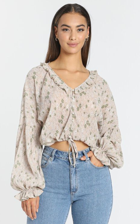 Serena Top in Beige Floral