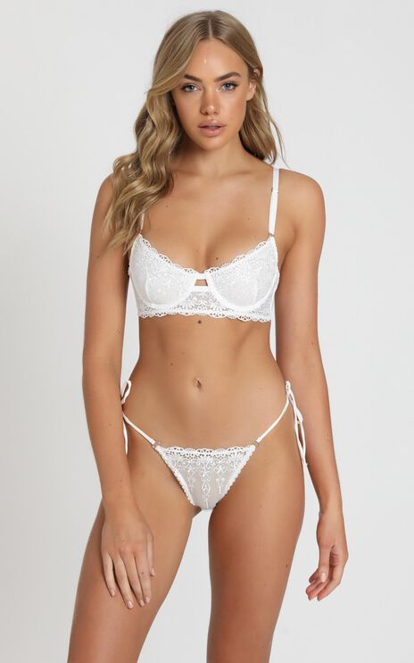 Kat The Label - Dahlia Lace Underwire Bra in White