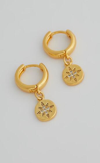 DELLA Star Pendant Hoop EARRINGS in Gold