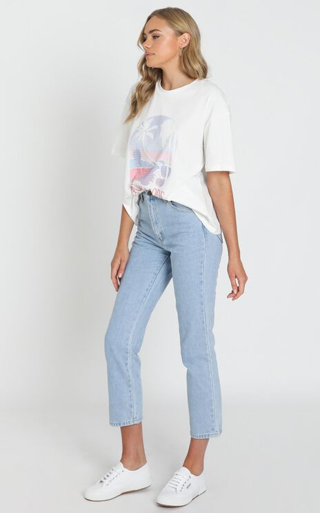Vacay Mode Tee in White