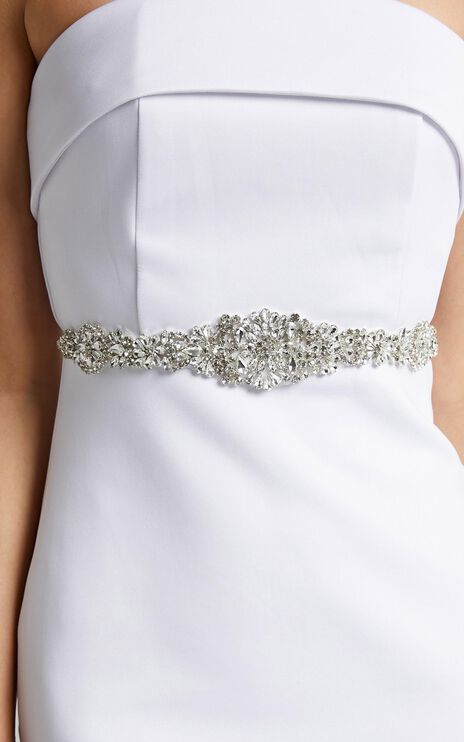 Nothing Compares Belt in Diamante and White