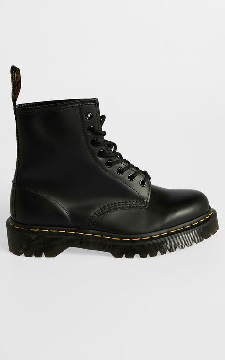 Dr. Martens - 1460 Bex 8 Eye Boot in Black Smooth