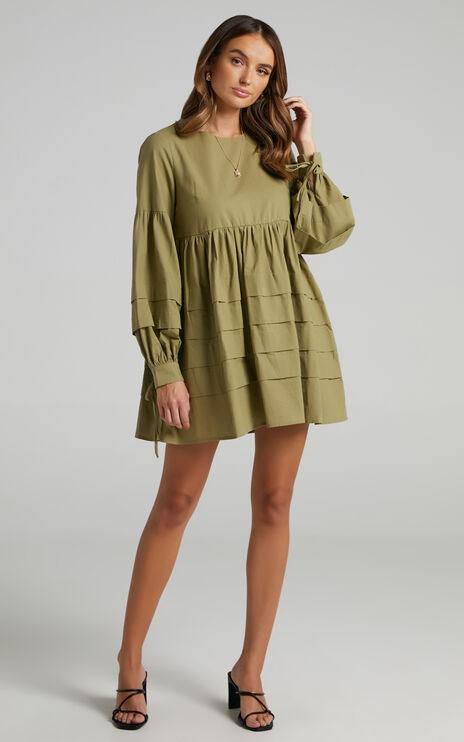 Jefferies Long Sleeve Pin Tuck Dress in Khaki