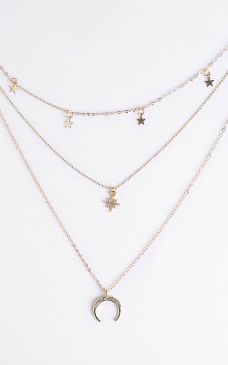 Alissa Star Layered Necklace in Gold