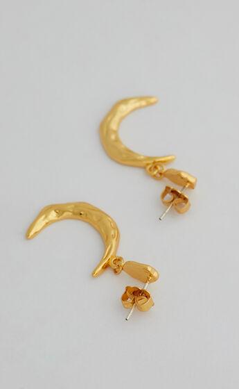 JOURNI DROP EARRINGS in Gold
