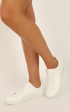Verali - Wreckless Sneakers In White Smooth