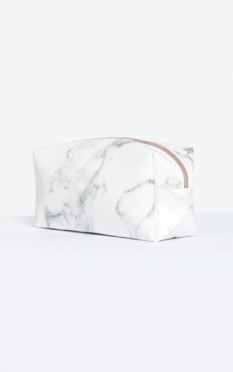 For The Night Beauty Case in Marble