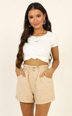 Summer Somewhere Shorts In Beige Linen Look