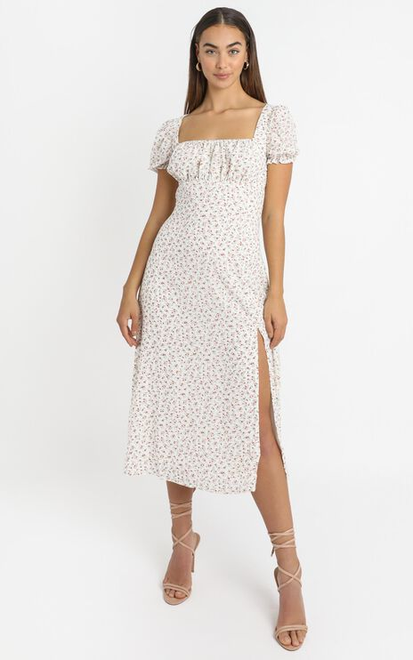 Skipping By Dress In White Floral