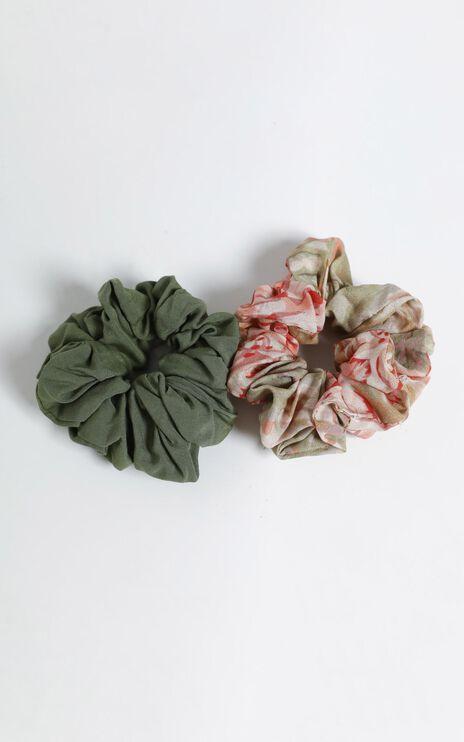 Palm Print Scrunchie 2 Pack
