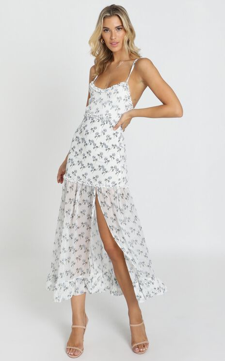 Like It Or Not Dress In White Floral