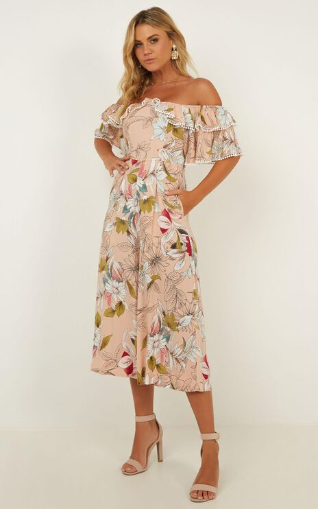 Too Outspoken Jumpsuit In Blush Floral