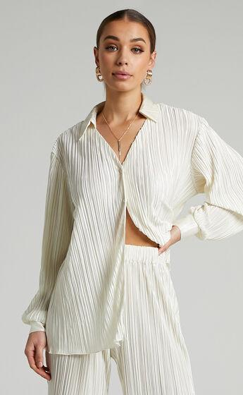 Beca Plisse Button up Shirt in Cream