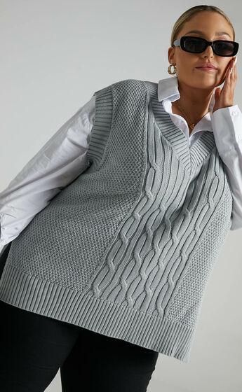 Cadha Knit Vest in Grey