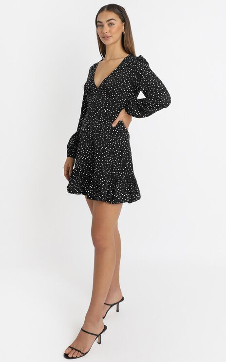 Worlds Away Dress In Black Polka