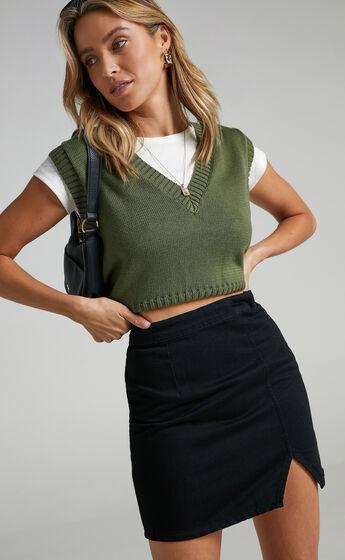 Not Kidding Around Denim Skirt In Black