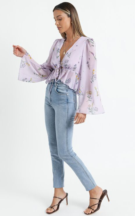 Dance It Out Top in Lavender Botanical Floral