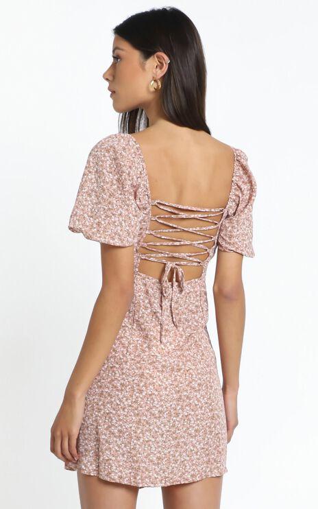 Ellice Dress in Beige Floral