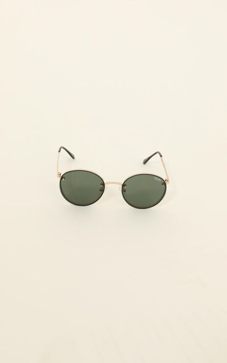 Quay - Farrah Sunglasses In Gold / Green Lens