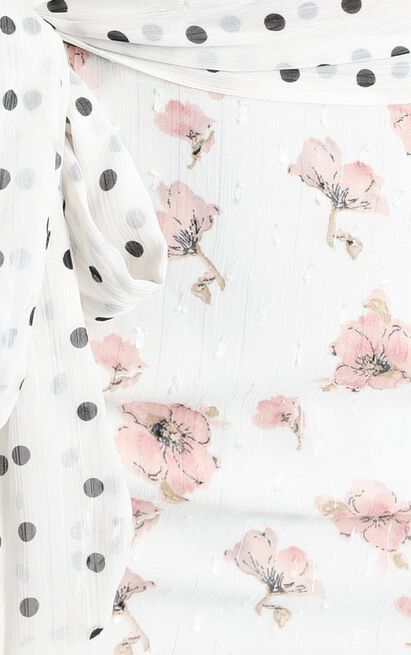 Take My Picture Dress in white floral - 14 (XL), White, hi-res image number null