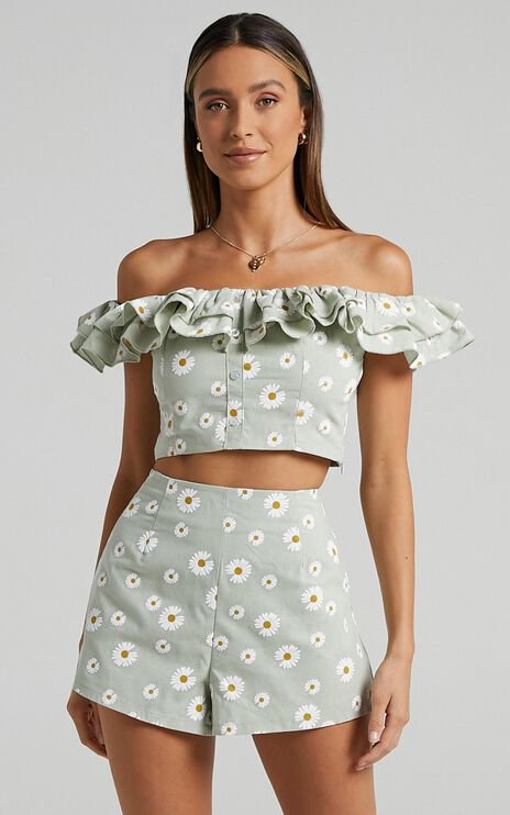 Amorette Top in Sage Daisies