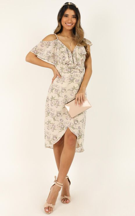 Journey To The Past Dress In Cream Floral