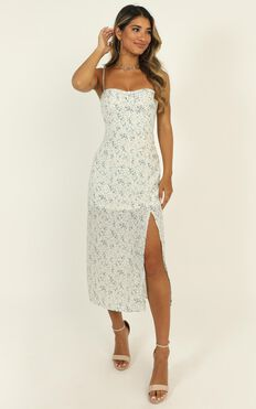 Chantelle Dress In White Floral