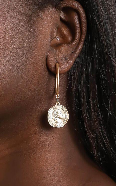 Aaliyah Earrings in Gold