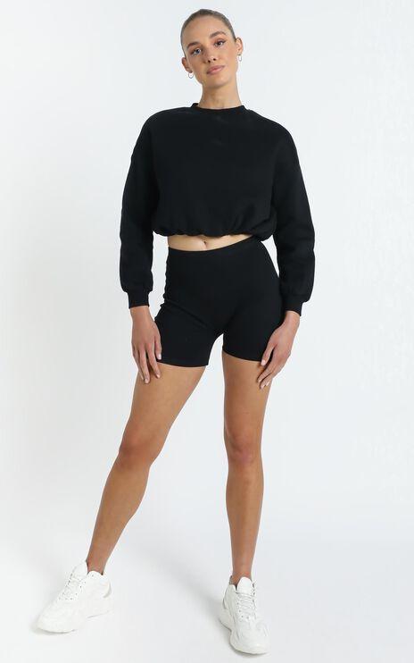Henri Sweatshirt in Washed Black