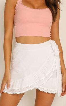 Practically Perfect Skirt In White Linen Look
