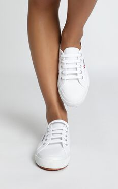 Superga - 2750 Cotu Classic Sneakers In White Canvas