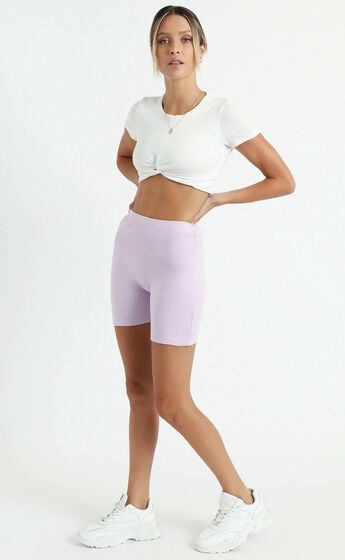The Quinlan Biker shorts in Lilac