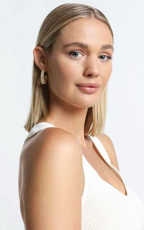 Minc Collections - Twist Hoop Earrings in Gold