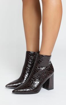 Therapy - Alloy Boots In Choc Croc