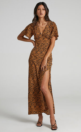 Tiarne Relaxed Maxi Dress in Animal Print