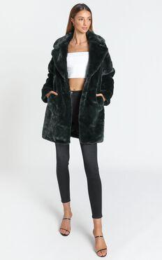 Cosy Coat in Emerald
